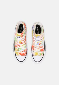 Converse - CHUCK TAYLOR ALL STAR GARDEN PARTY - Sneakersy wysokie - egret/black/white - 5