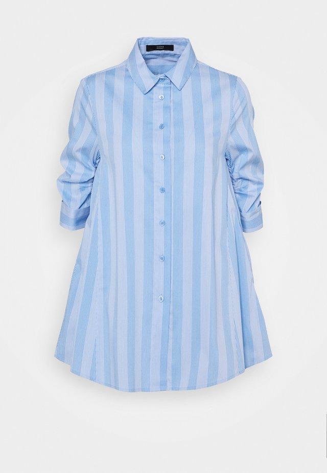 BENITA FASHIONABLE BLOUSE - Button-down blouse - light blue