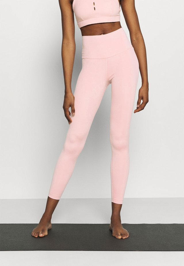 THE YOGA 7/8 - Leggings - pink glaze/rust pink