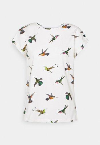 VISBY HUMMINGBIRDS