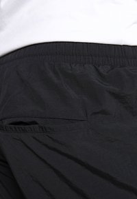 URBN SAINT - USPIERCE PANTS - Cargobyxor - black - 3