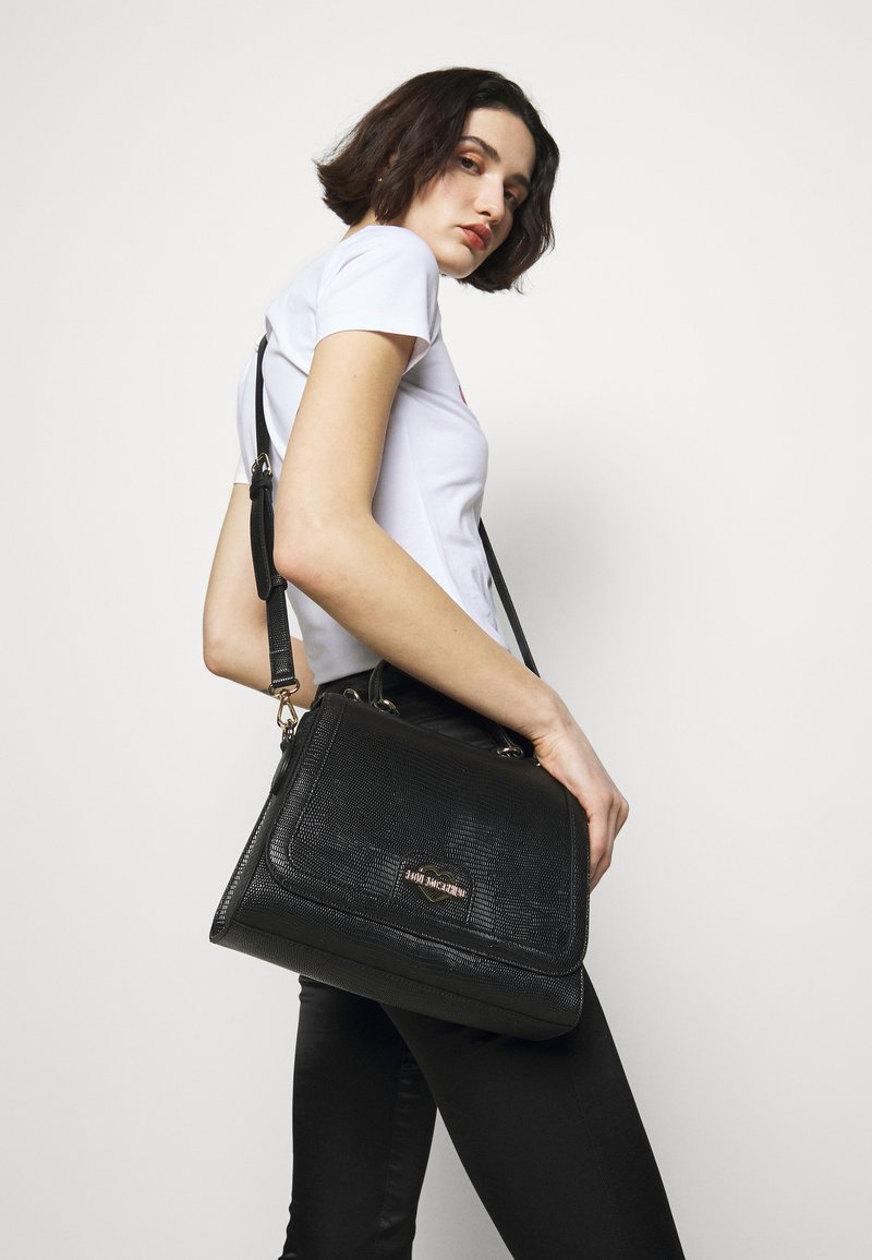 Love Moschino - TOP HANDLE HANDBAG - Handbag - nero