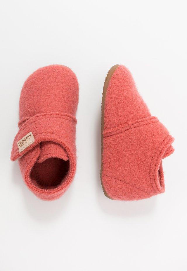 BABYKLETT - Slippers - coral