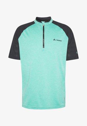 TAMARO - T-shirts print - lake