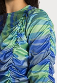 HOSBJERG - DALI ASTA LONG SLEEVE - Blůza - mermaid blue/green - 4