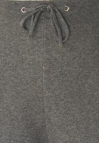 Esprit - Tracksuit bottoms - medium grey - 2