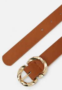 Pieces - PCTWISTY BELT - Belte - cognac/gold-coloured - 1