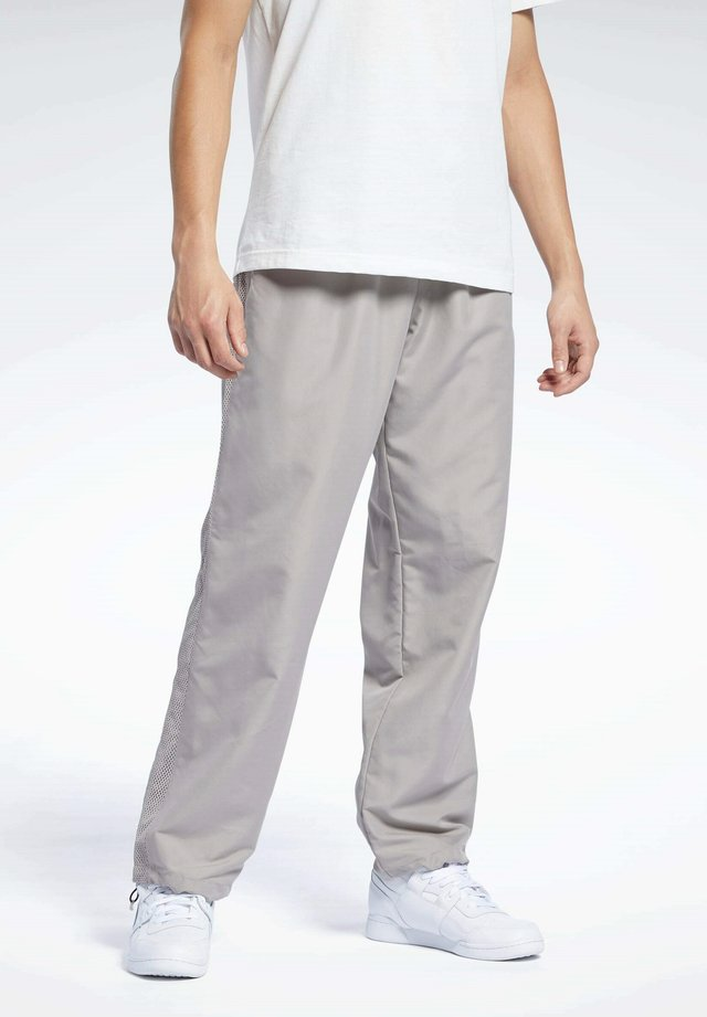 CLASSICS TRACKSUIT BOTTOMS - Pantalon de survêtement - grey