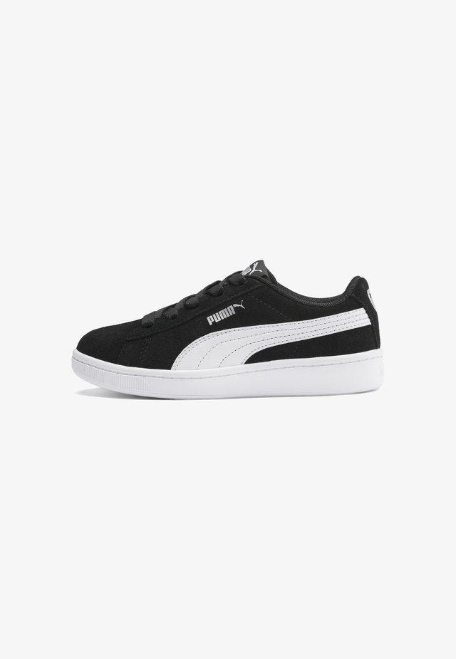 VIKKY V2 SUEDE - Sneakers - puma black-puma white-silver