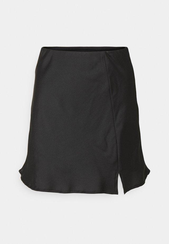AVERY MINI SKIRT - Spódnica mini - black