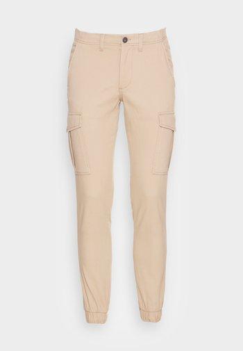 JJIMARCO JJJOE CUFFED - Pantaloni cargo - crockery