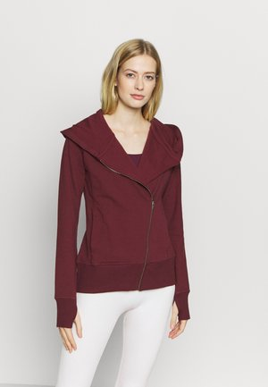 YOGA FITTED - Mikina na zip - night maroon/team red