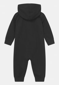 Levi's® - COLORED ZIP PLAY ALL DAY UNISEX - Jumpsuit - black - 1