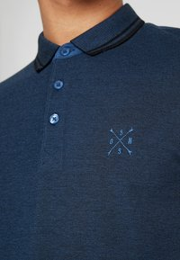 Only & Sons - ONSSTAN FITTED TEE  - Polotričko - ensign blue/black - 5