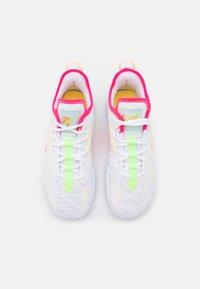 Jordan - ONE TAKE II - Scarpe da basket - white/hyper pink/lime glow/citron pulse - 3