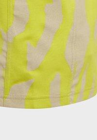 adidas by Stella McCartney - TEE - Triko spotiskem - yellow - 6