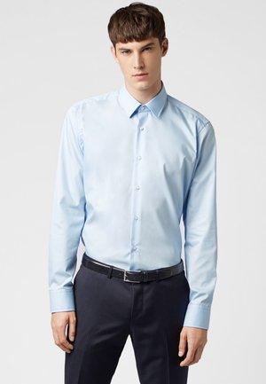 ENZO REGULAR FIT - Formal shirt - light blue