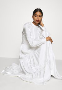 Résumé - TALA DRESS - Kjole - white - 3