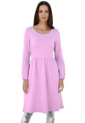 Jumper dress - flieder