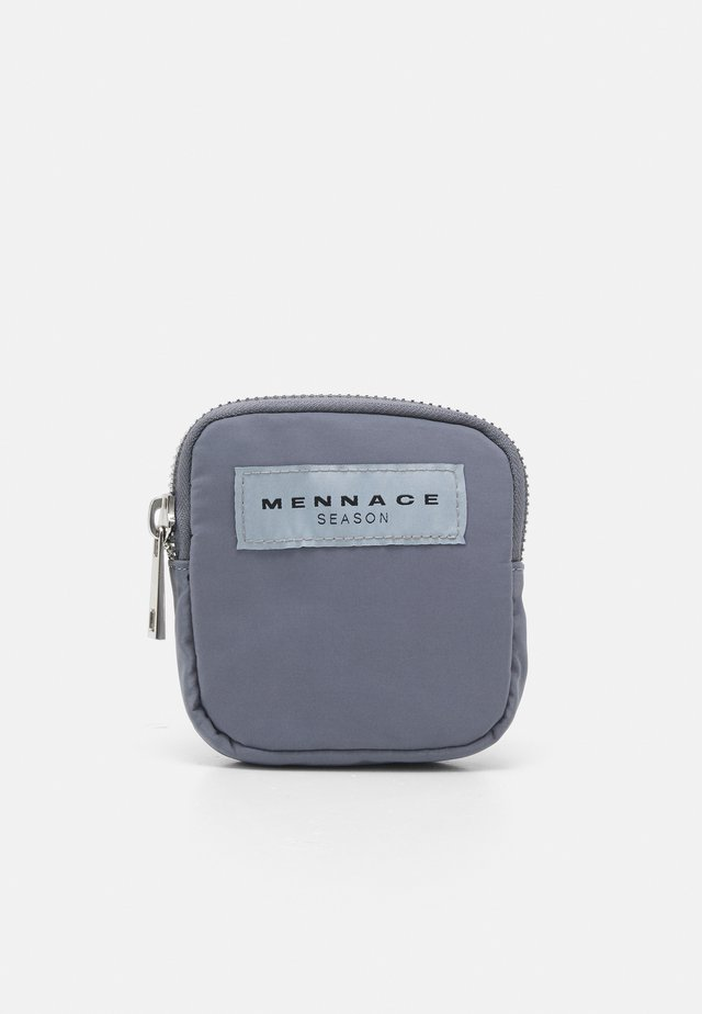ON THE RUN BELT BAG UNISEX - Ledvinka - grey