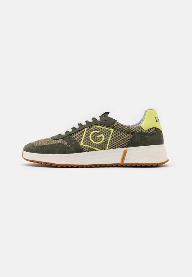 RAWSON - Sneakersy niskie - dark leaf