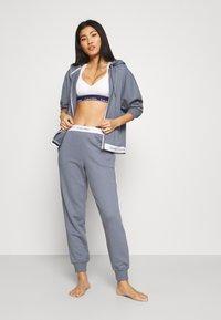 Calvin Klein Underwear - MODERN LOUNGE FULL ZIP HOODIE - veste en sweat zippée - pewter - 1