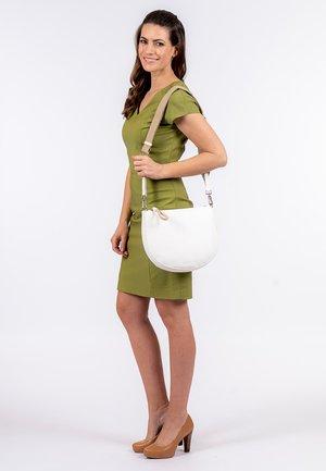 MADDY - Across body bag - white