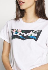 Levi's® - THE PERFECT TEE - T-Shirt print - floral filled batwing white - 5