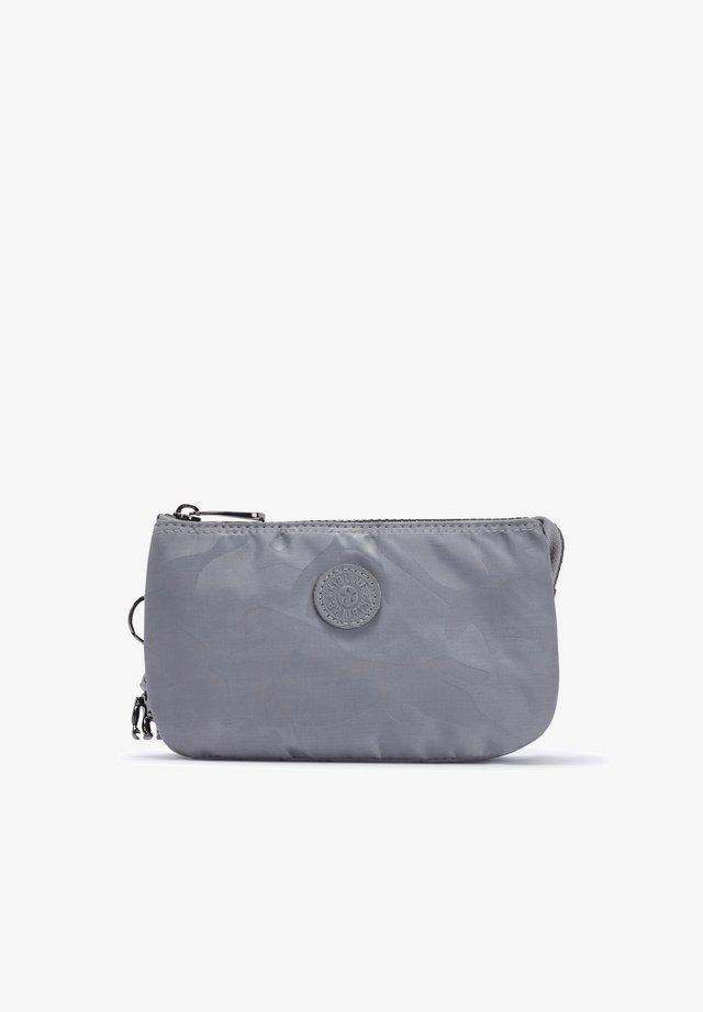 CREATIVITY L - Trousse de toilette - grey camo jq