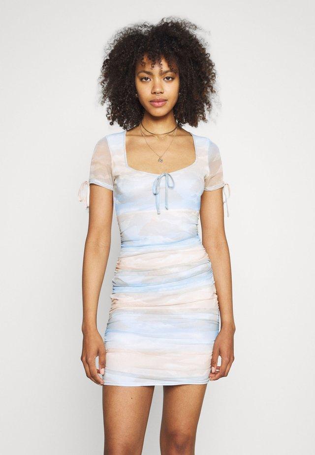 SKY PRINT TIE DETAIL MINI - Shift dress - multi