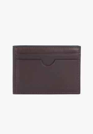 ESSENTIALS - Business card holder - brown