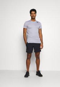 Under Armour - SPEED STRIDE SHORT - Pantalón corto de deporte - black - 1
