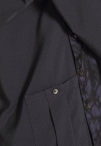 GLOWE - SIDE HUSTLE NURSING - Button-down blouse - grey - 2