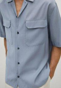 Mango - MIT TASCHEN - Shirt - himmelblau - 5