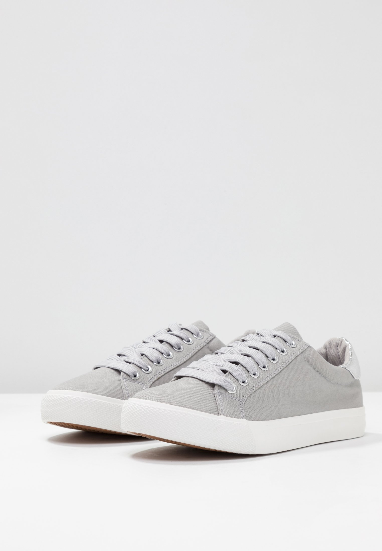 WIDE FIT ELLIS LACE UP Sneakers grey