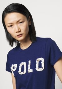 Polo Ralph Lauren - T-shirt con stampa - holiday navy - 5