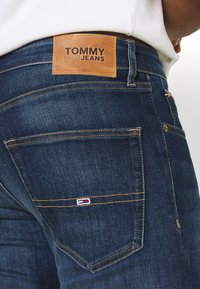 Tommy Jeans - SCANTON SLIM - Slim fit -farkut - canyon - 4