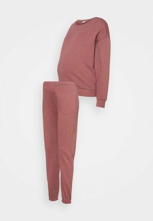 ONLDREAMER LIFE O NECK PANTS SET - Sweatshirt - rose brown