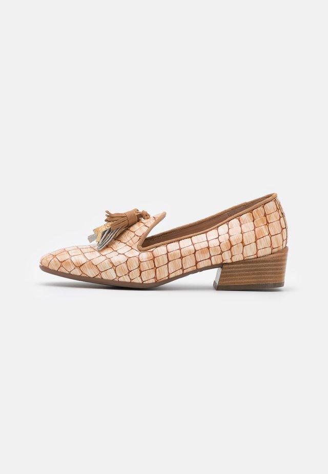 Slippers - horasan/sand