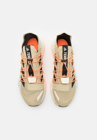 adidas Performance - TERREX VOYAGER 21 H.RDY - Hiking shoes - beige - 3