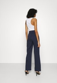 4th & Reckless - SHANGHAI TROUSER - Trousers - navy - 2