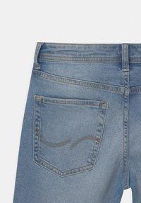 Jack & Jones Junior - JJIRICK JJORIGINAL  - Shorts vaqueros - blue denim - 3