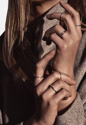 PLAIN RING - Ring - silver