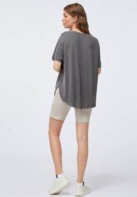OYSHO - Basic T-shirt - dark grey - 1