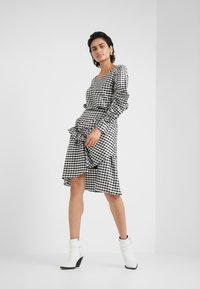 DESIGNERS REMIX - ALEXIS SKIRT - A-line skirt - black/white - 1
