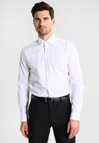 Calvin Klein Tailored - BARI SLIM FIT - Camicia elegante - white - 0