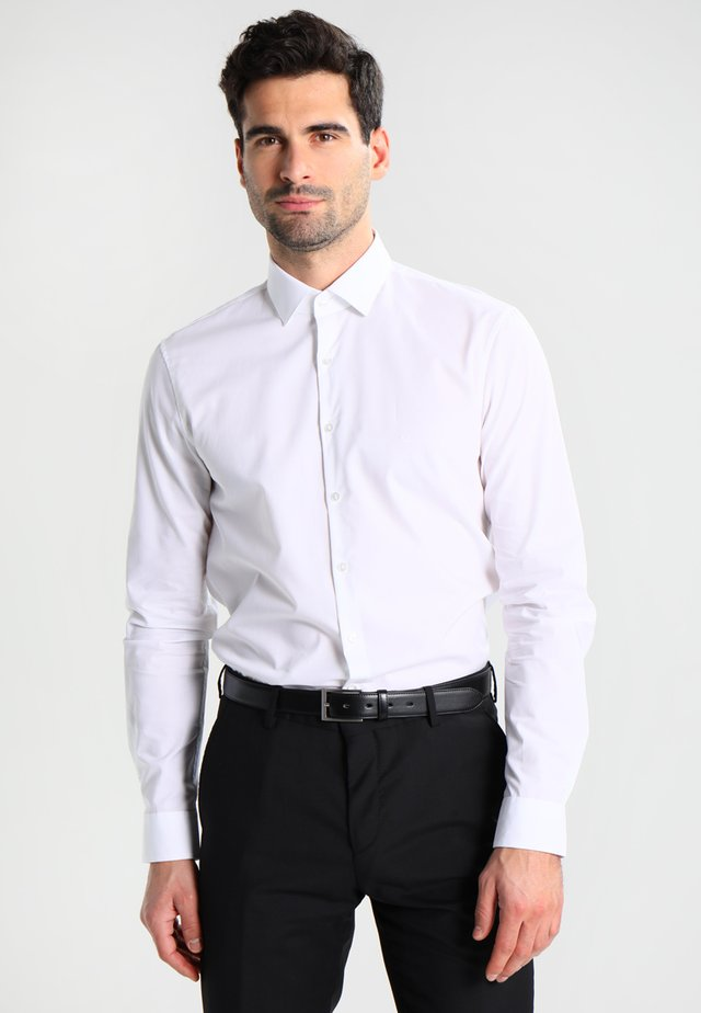 BARI SLIM FIT - Kauluspaita - white