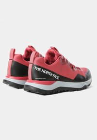 The North Face - W ACTIVIST FUTURELIGHT - Hiking shoes - holly berry/blush - 1