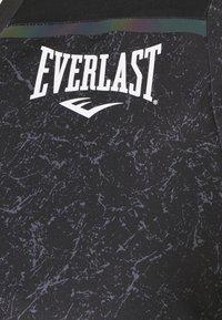 Everlast - TEE GALENE - Triko spotiskem - black - 2