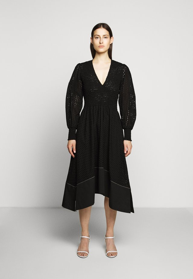 LONG SLEEVE SMOCKED TOP DRESS - Robe d'été - black